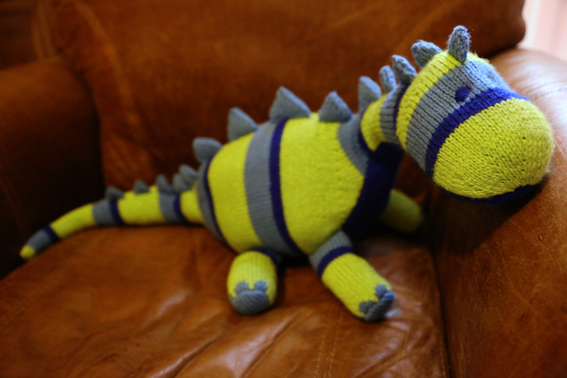 Free Dinosaur Knitting Pattern : Knitted Dinosaur Lime Green Lady